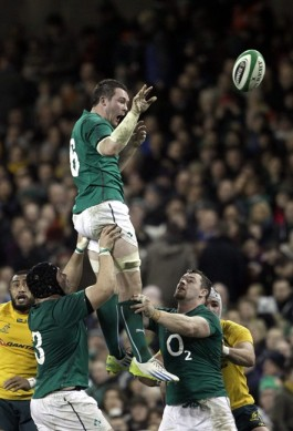 It's a thriller, thriller night: Peter O'Mahony shows off his lineout moves against Australia.